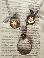 magnifying glass necklace by dear-dead-ofelia