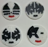 Perler Bead Kiss Coasters by thewiredslain