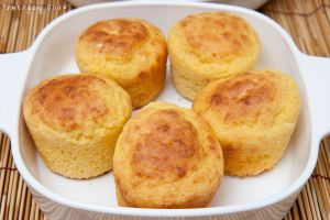 Corn bread muffin 1 by patchow
