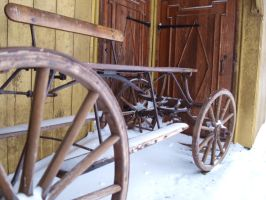 Old carriage by rihosk