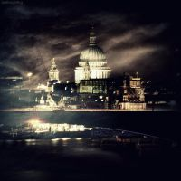 Evening st Paul's by lostknightkg