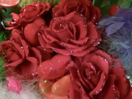 Red Sparkley Roses by manicstreetpreacher