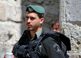 Soldier, Jerusalem by dpt56
