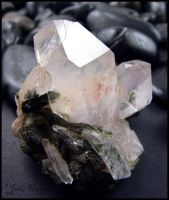 Quartz on Epidote by andromeda