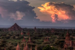 Largest temple in Bagan by SantiBilly