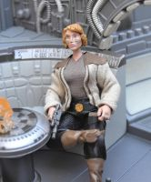 Ryder Thorne seated by mousedroid-hoojib