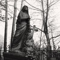 Highgate Cemetery I by Jez92