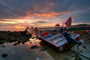 Sunrise at Tanjung Balau by firdausmahadi