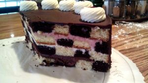 Checkerboard Cake by asthetiq