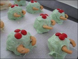 Metroid Cake Balls -group- by ThePockyNinjaBakery