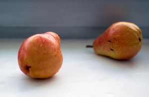 simple forms - wet peaches by Ziw