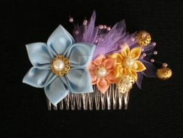 Spring Comb by Corselia