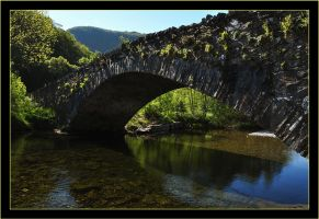 Lakeland Bridge by squareonion