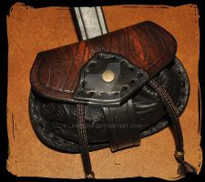 little leather belt pouch for LARP by Lagueuse