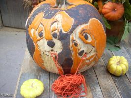 lady and the tramp pumpkin by kairi-costumes