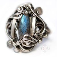 HAZE- silver ring with labradorite by litori