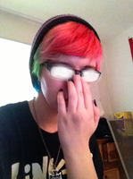 //Does the anime glasses thing by GillyRainbows