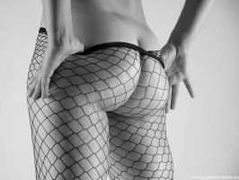 undressing fishnet by josemanchado