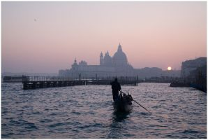 Venice sunset by flemmens