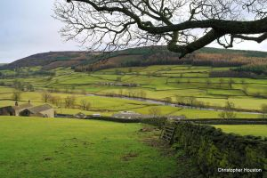 Wharfedale six by squareprismish