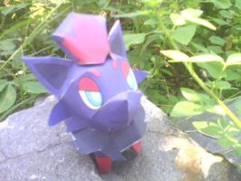Zorua papercraft by turtwigcuTey