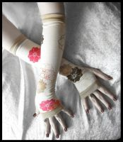 First Hints Arm Warmers by ZenAndCoffee