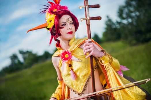 Colossalcon 2014: Moltres by Malindachan