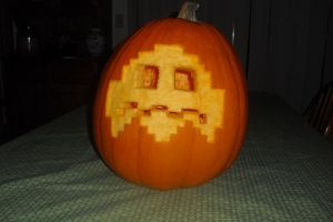 2012 Halloween Pumpkin Scared Pac Man Ghost by hudsonvisual