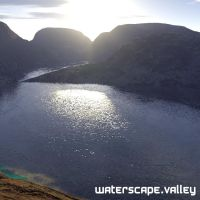 waterscape.valley by bacontheory