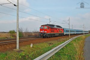 651 002 with an IC train by morpheus880223