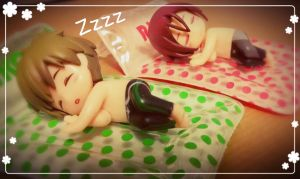 Sleeping Cuties ^___^ by balvana