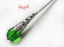 Hair stick with green faceted crystal by Benia1991