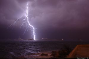 Close Lightening of the Frioul by SkyRings