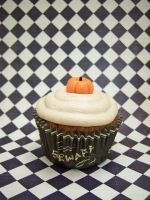 Pumpkin Spice Cupcake by dashedandshattered