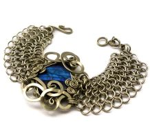 Wire Wrap Chainmaille Bracelet with Labradorite by hyppiechic