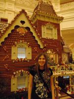 Giant Gingerbread House by Blue-Neptune
