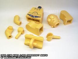 Papercraft C-3PO's parts are showing by ninjatoespapercraft
