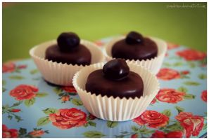 Marzipan-Coffee-Chocolates by pandrina