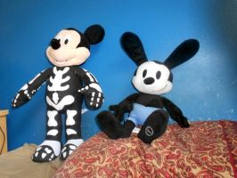 Skeleton Mickey And Oswald by swarlock64