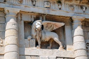 THE LION OF SAINT MARK by louboumian