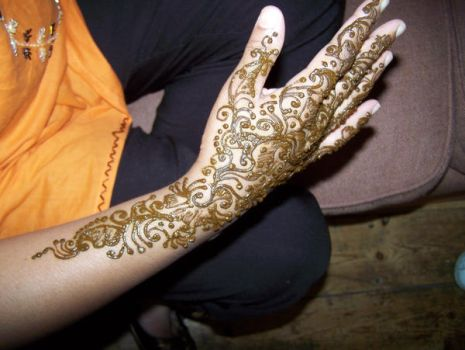 a hand full of Henna by timeless-treasures