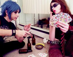Gorillaz Cosplay: 2D and Paula Playin' Cards by ZippyJ