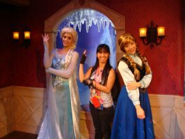 Queen Elsa, Princess Anna and I did the pose pic 1 by Magic-Kristina-KW