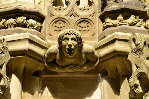 Fountain detail - Linlithgow by wildplaces