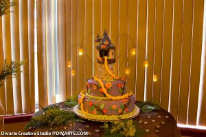 Rapunzel Tower Cake with Lanterns by Divarte