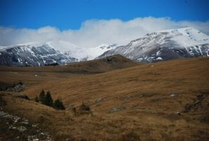 Bucegi Mountains II by PurplePoisonDust