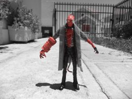UNFINISHED HELLBOY in wire II by TheWallProducciones