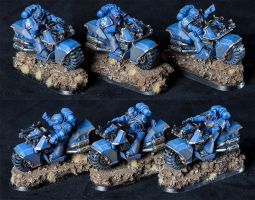 [Warhammer 40k] Space Marines Attackbikes by Mineraleater