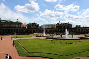 Zwinger by LwltGr