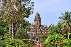 Bakong  Temple by CitizenFresh